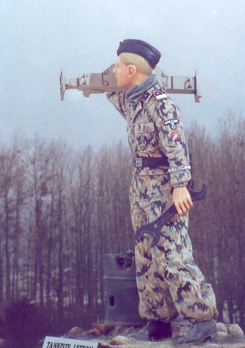 Missing Links Gallery Yann Jouault Latvian Volunteer (120mm)