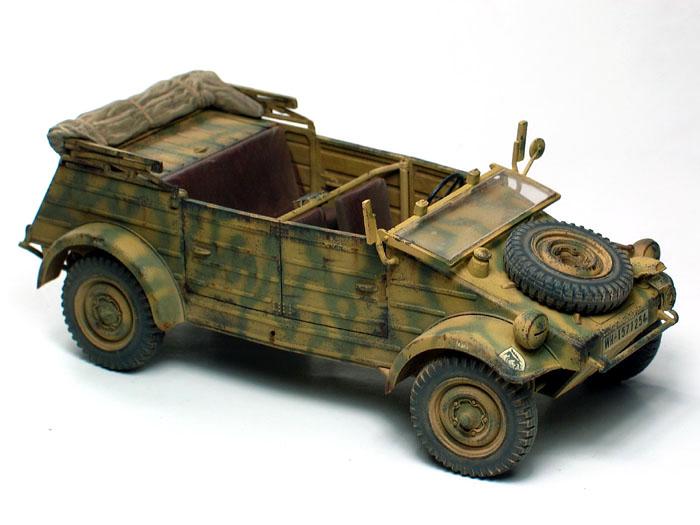 Kubelwagen Type 82 by Huang He (Tamiya 1/35)