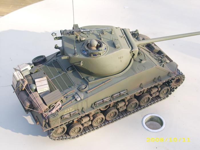 Tamiya M4a3e8 Sherman Tamiya 1/16 M4a3e8 Sherman by