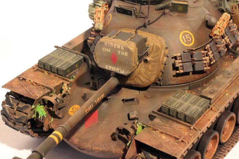 Flixid's Miniatures: 1/35 Academy M48A5/K Patton